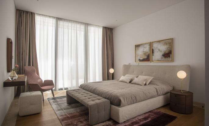 mid-century, modern, sleek, simple master bedroom by Poliform