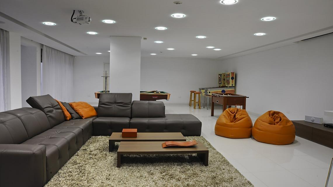 Mid-century, modern, stark house by Takis Angelides Furnihome Cyprus