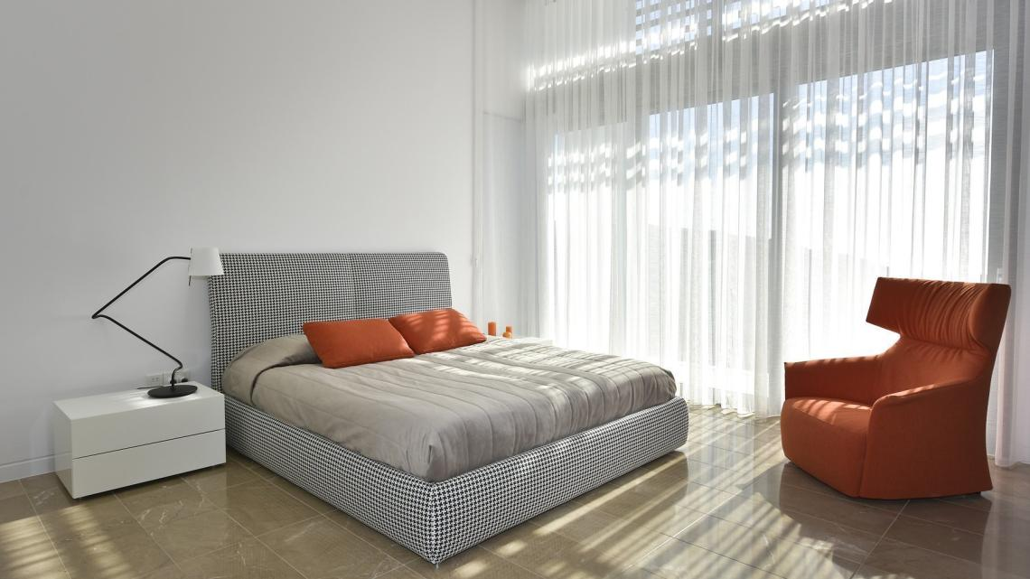 MODERN, CONTEMPORARY, MINIMALIST, SCANDINAVIAN, HOLLYWOOD GLAM bedroom by Takis Angelides Furnihome